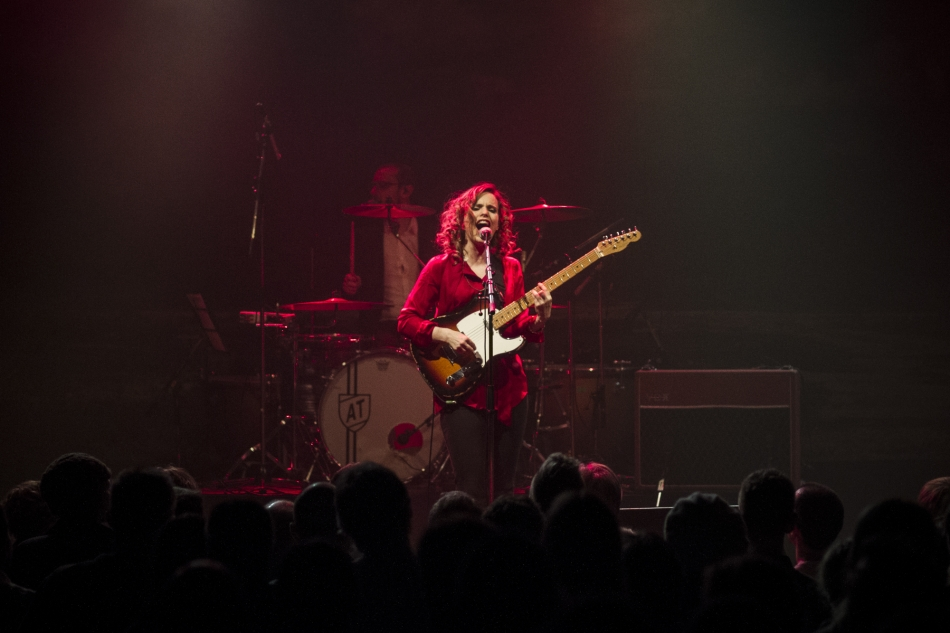 Anna Calvi (Photo by James Hjertholm)