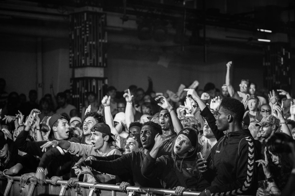 Crowd (Section Boyz)