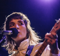 Cate Le Bon live at Jazzhouse Copenhagen