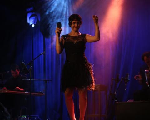 Çiğdem Aslan live at Alice in Copenhagen, Denmark